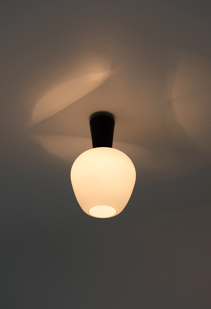 1950s glass ceiling lamp image 3