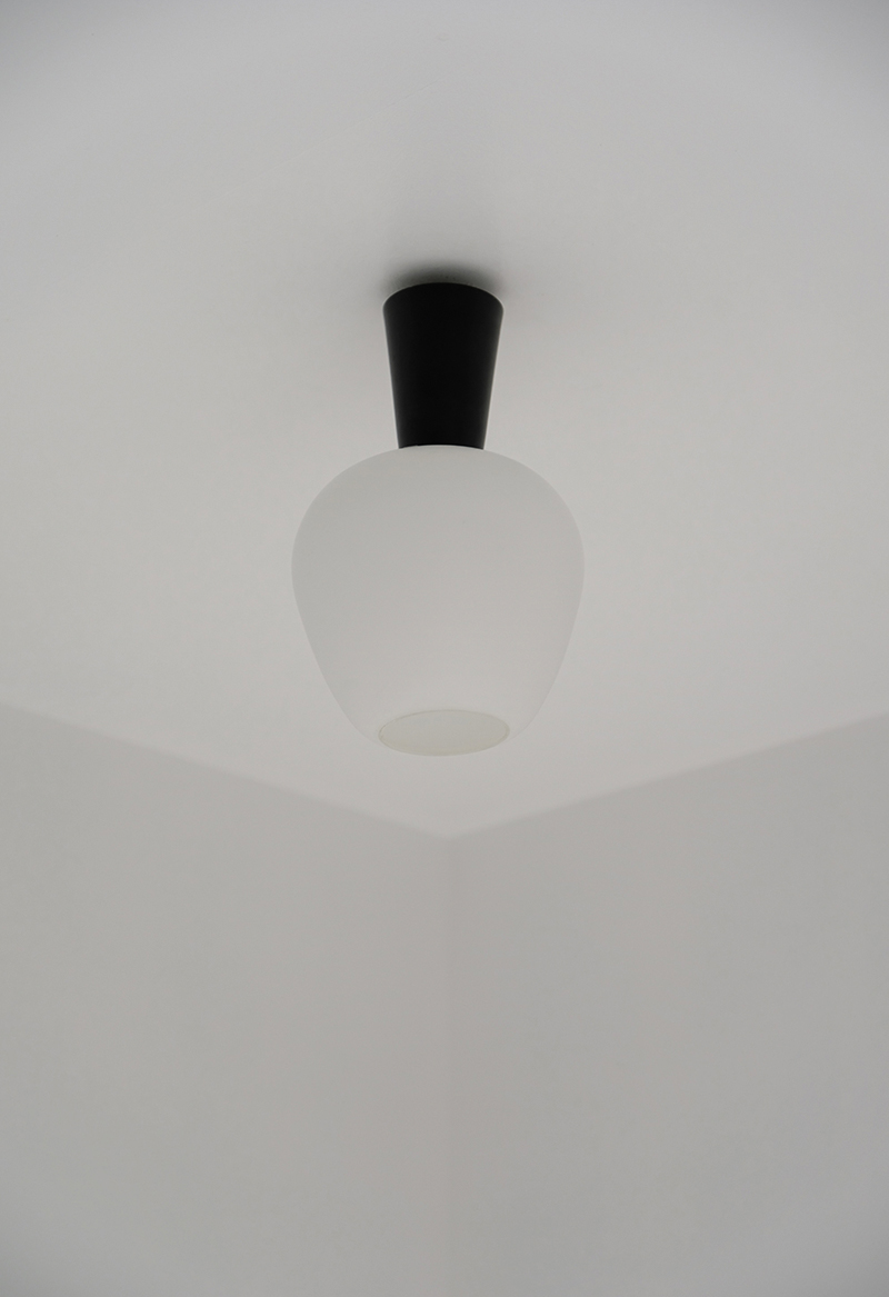 1950s glass ceiling lamp image 5