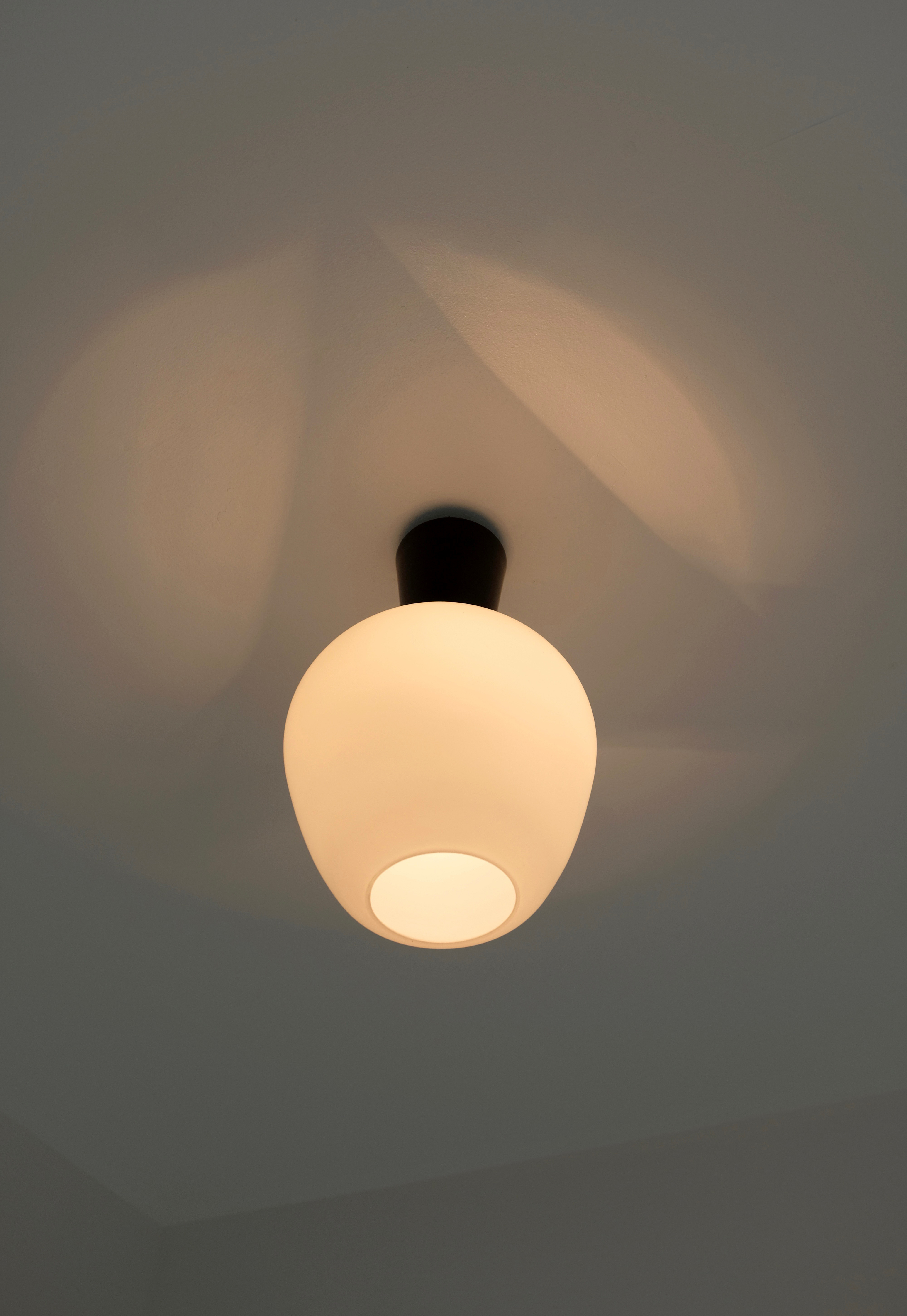 1950s glass ceiling lamp image 4