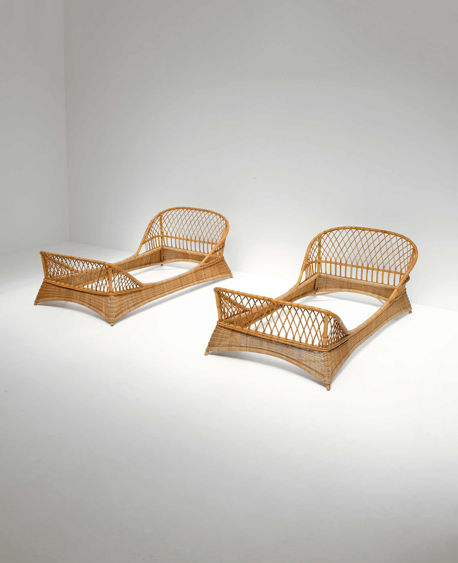 Two 1950s Rattan Daybedsimage 1
