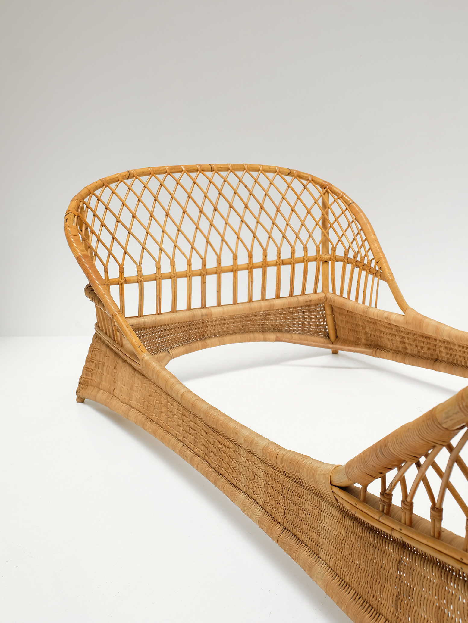 Two 1950s Rattan Daybedsimage 3