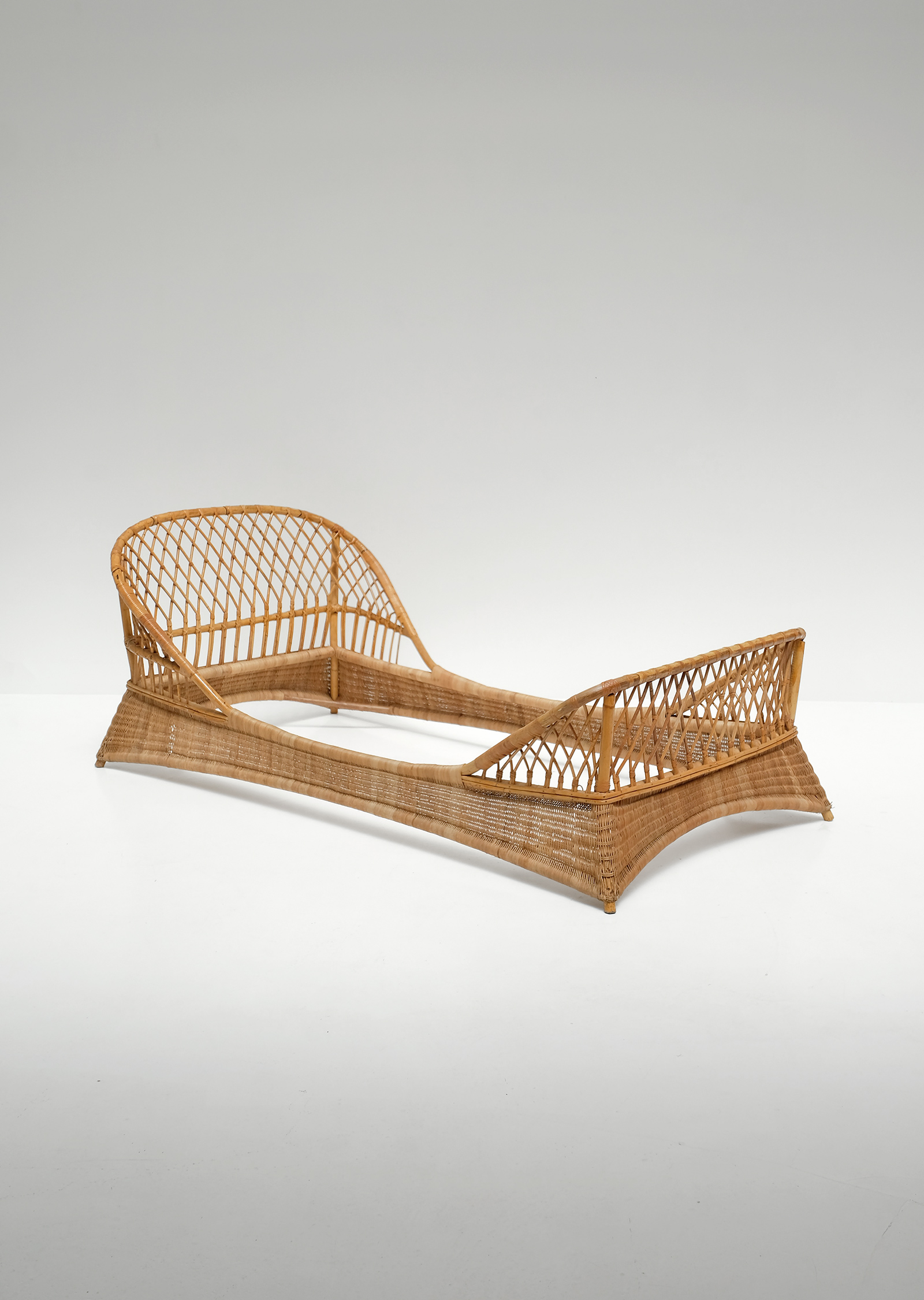 Two 1950s Rattan Daybedsimage 9