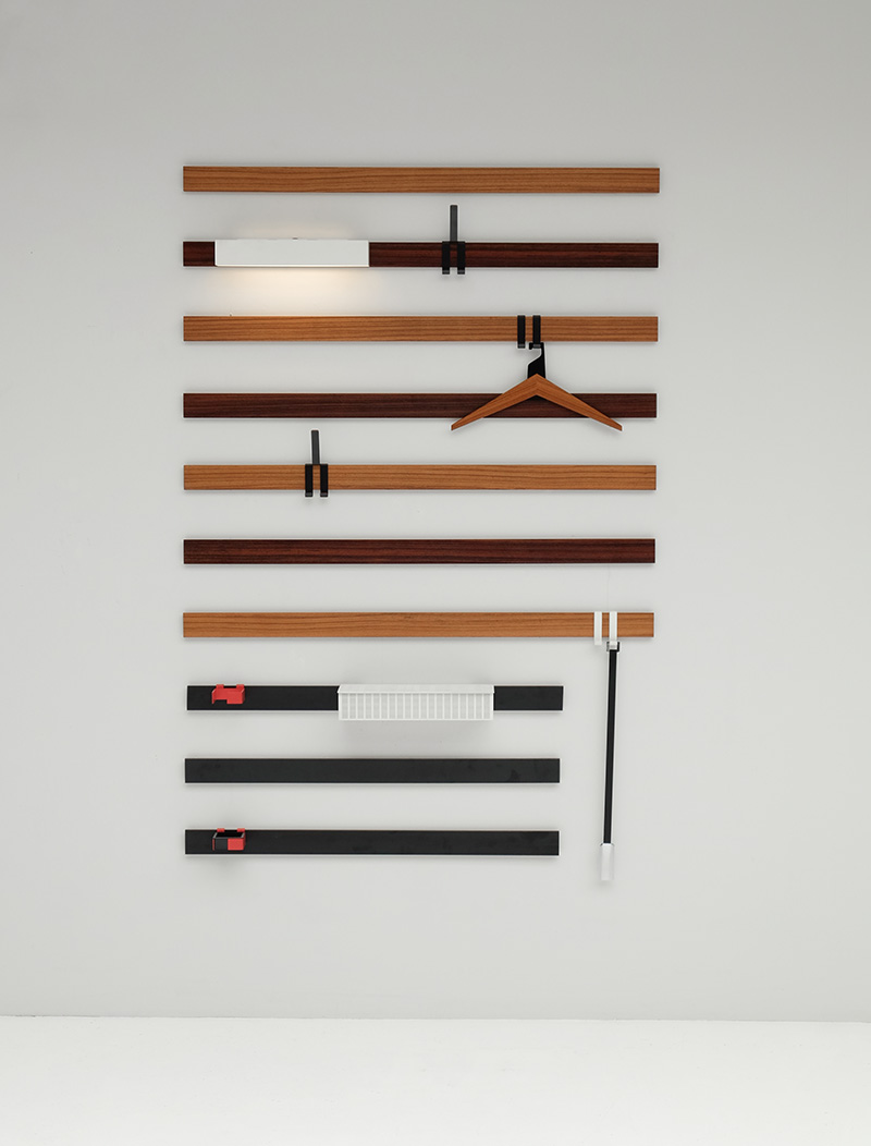 Rudolf Rochelt Werkstatten Coat hanger.image 2
