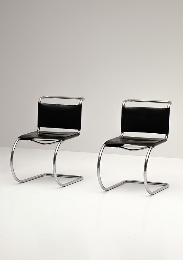 Chairs, Mies van der Rohe, Knoll, Leather, black, tubular, steel