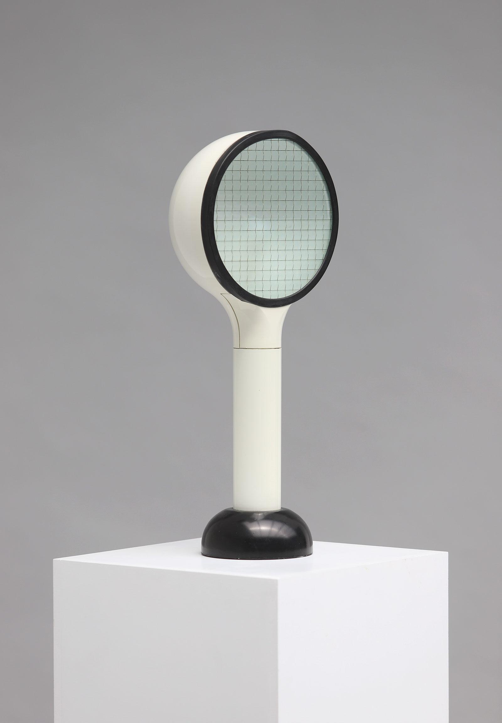 Drive table lamp designed by Adalberto Dal Lago for Bieffeplast- Fran