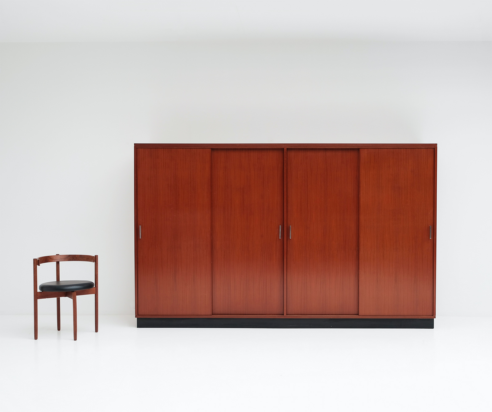 Alfred Hendrickx Wardrobe with Sliding Doors