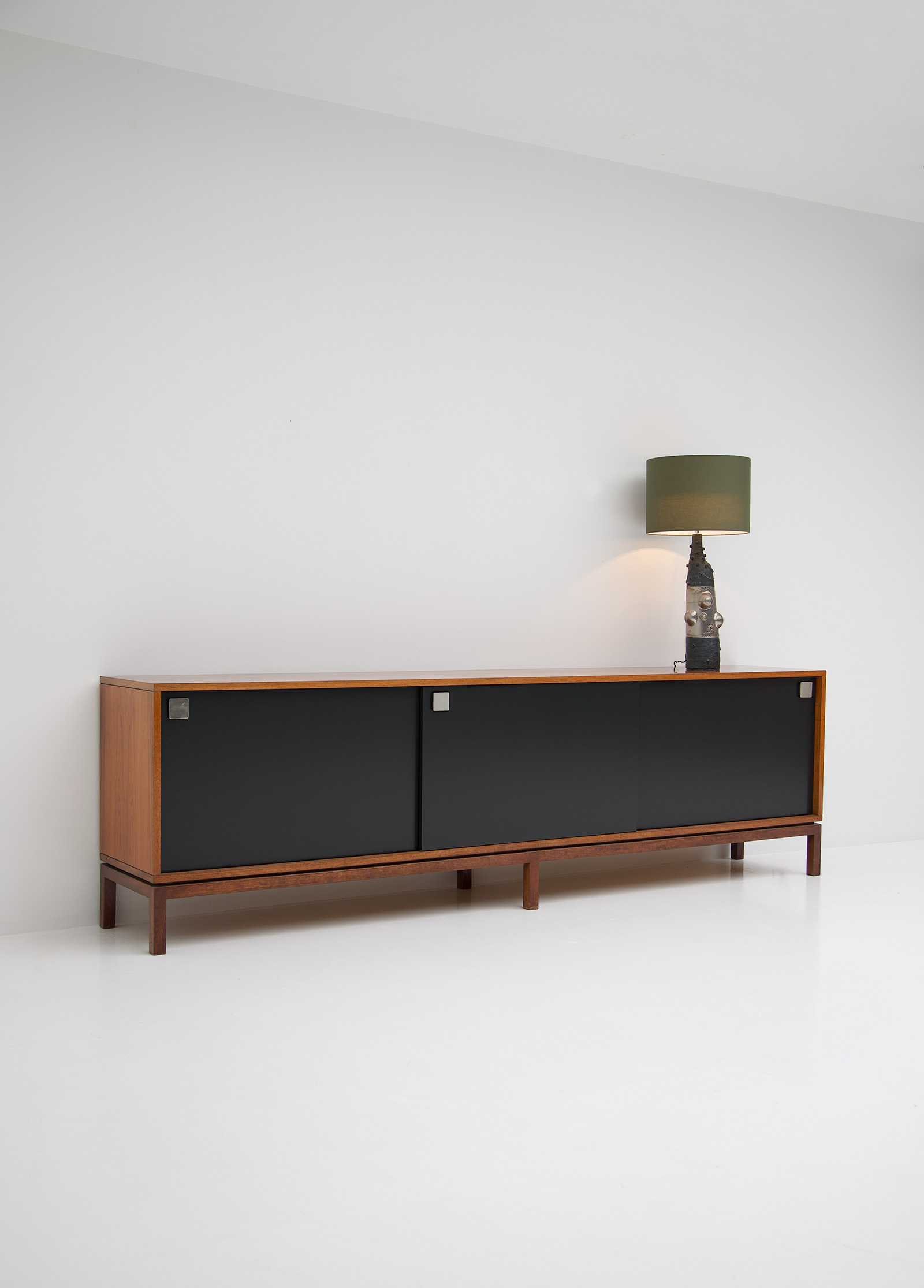Alfred Hendrickx Large Belform Sideboardimage 10