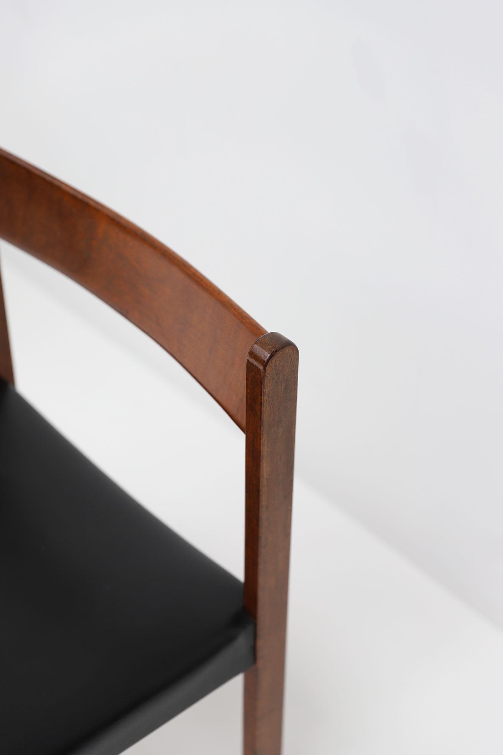 Alfred Hendrickx Belform Chairsimage 5