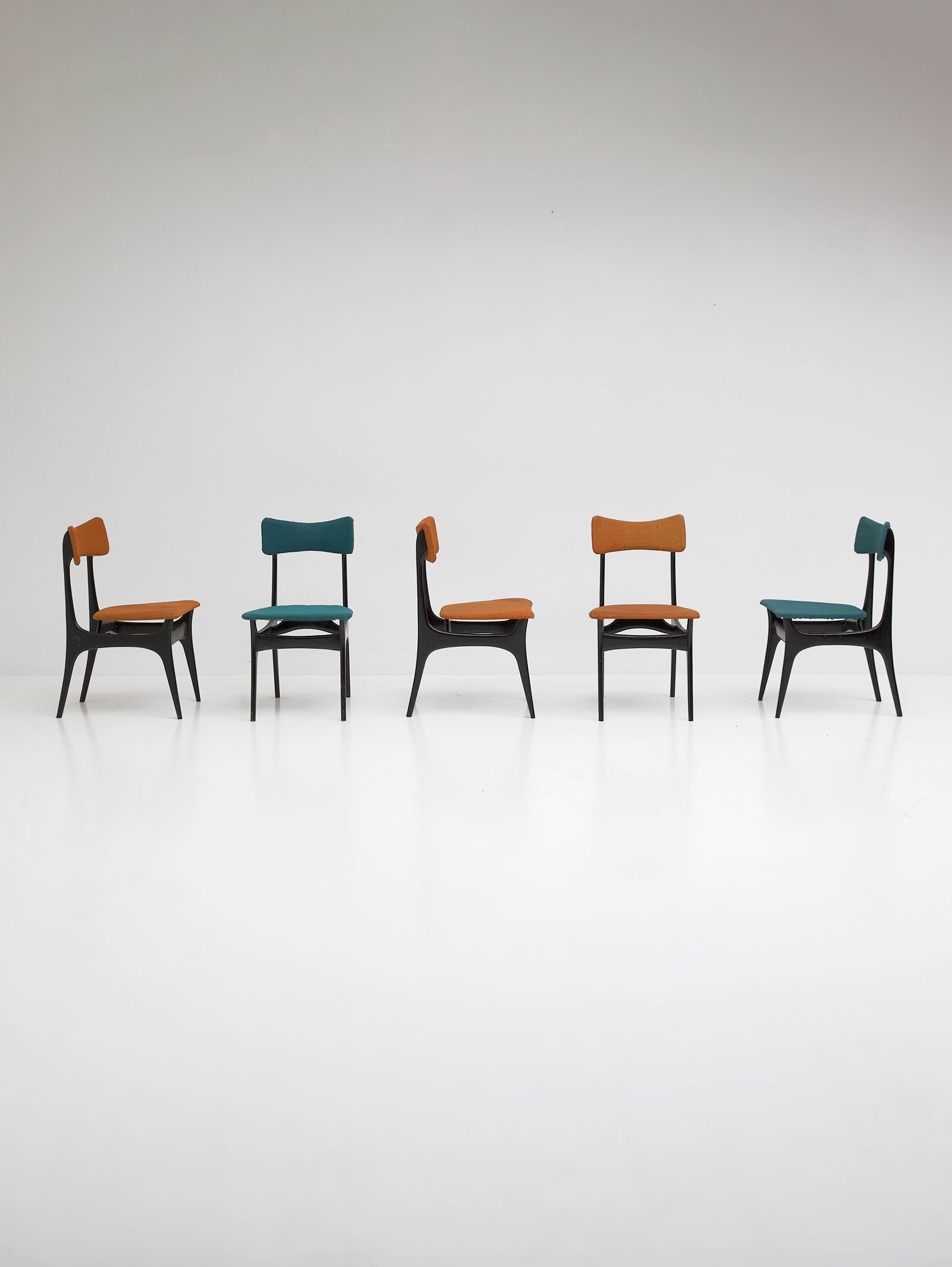 Set of  five Alfred Hendrickx S3 dining chairs
