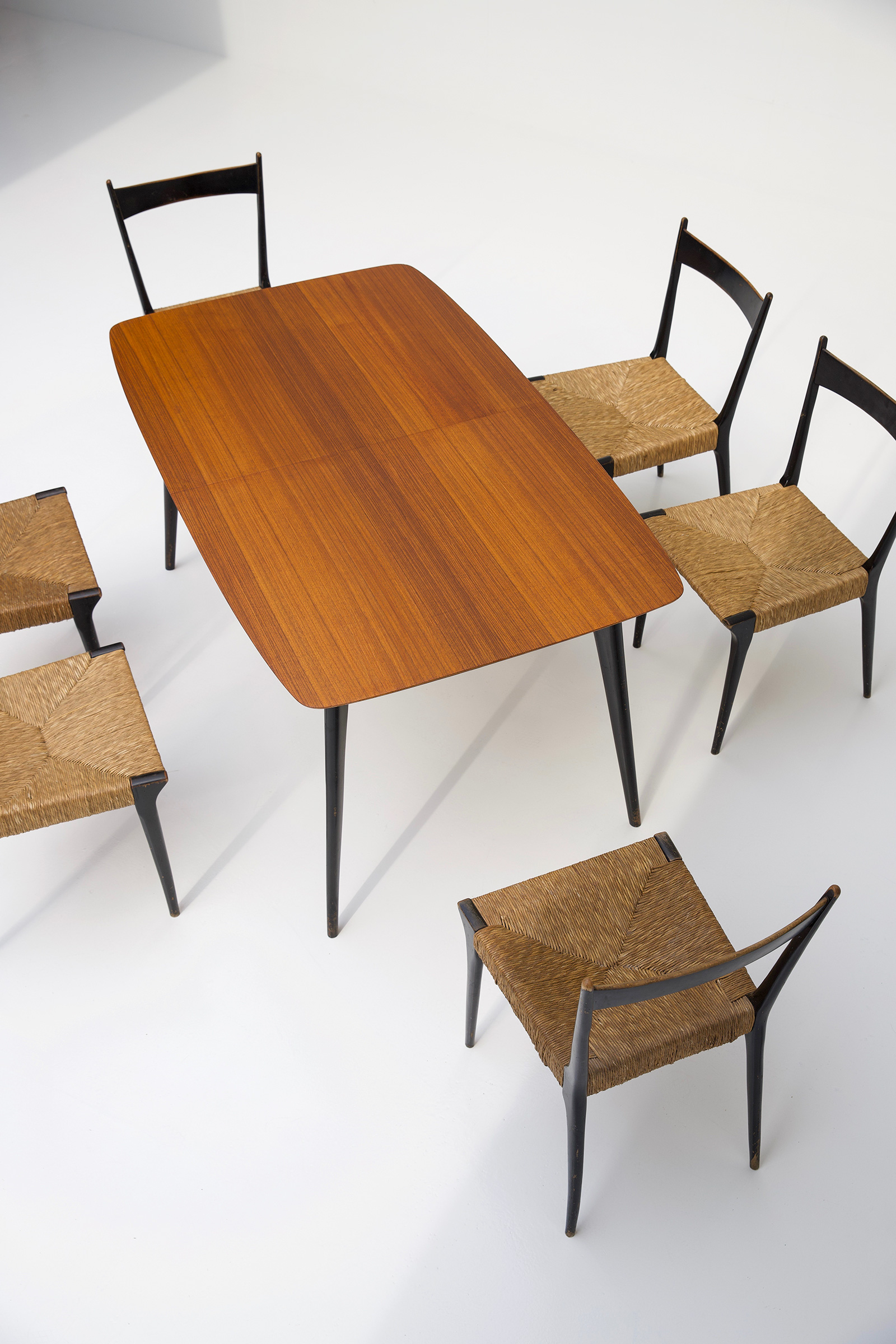 Alfred Hendrickx Dining Table M2 for Belformimage 5