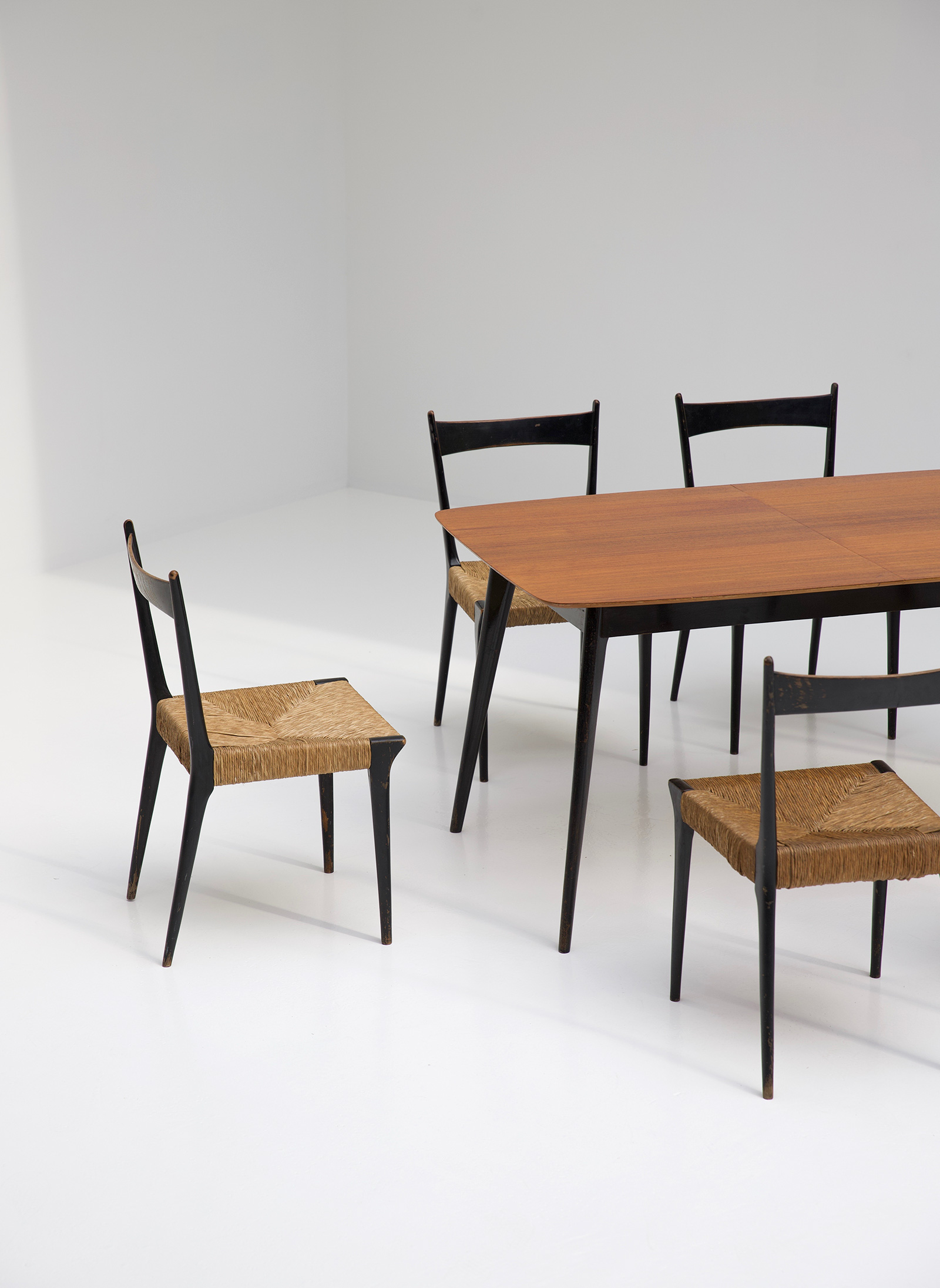 Alfred Hendrickx Dining Table M2 for Belformimage 8