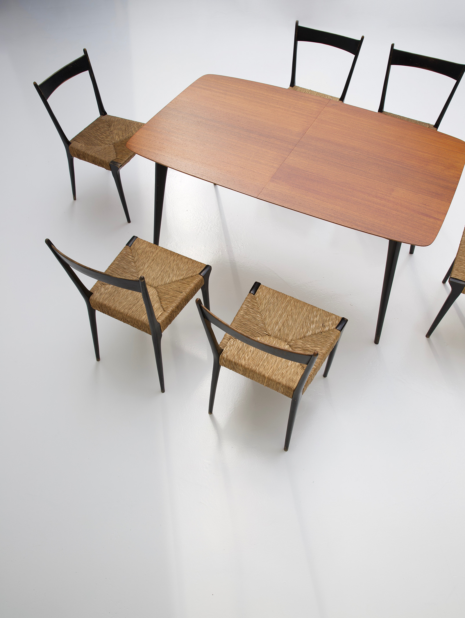 Alfred Hendrickx Dining Table M2 for Belformimage 6