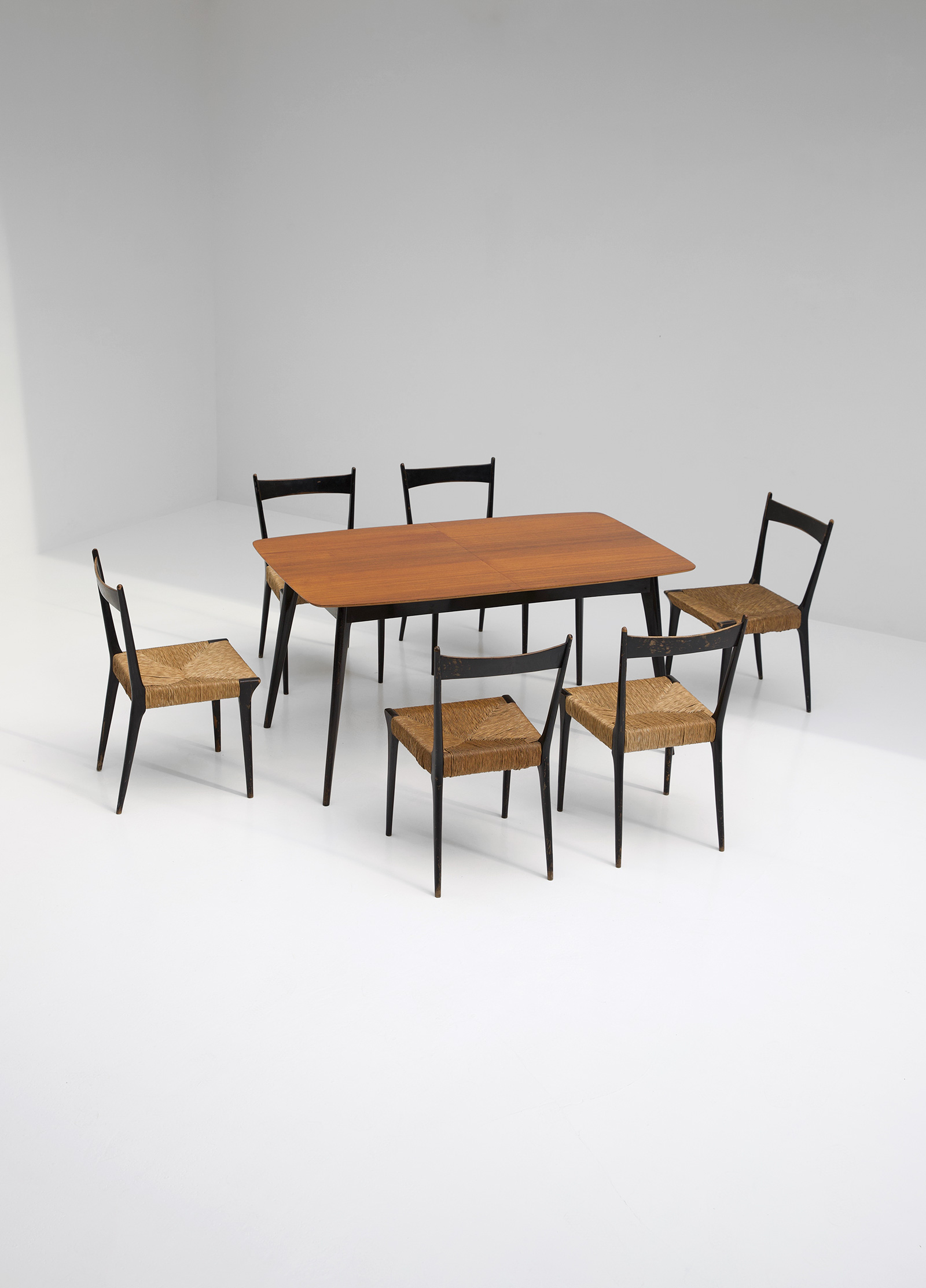 Alfred Hendrickx Dining Table M2 for Belformimage 7