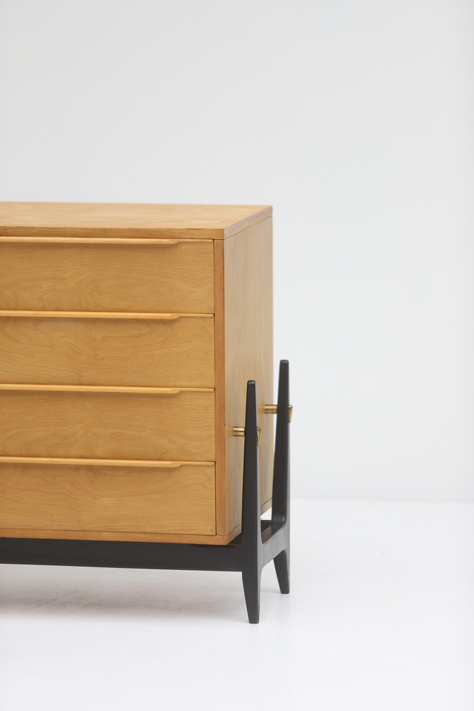 Elegant commode with drawers, 1950simage 3