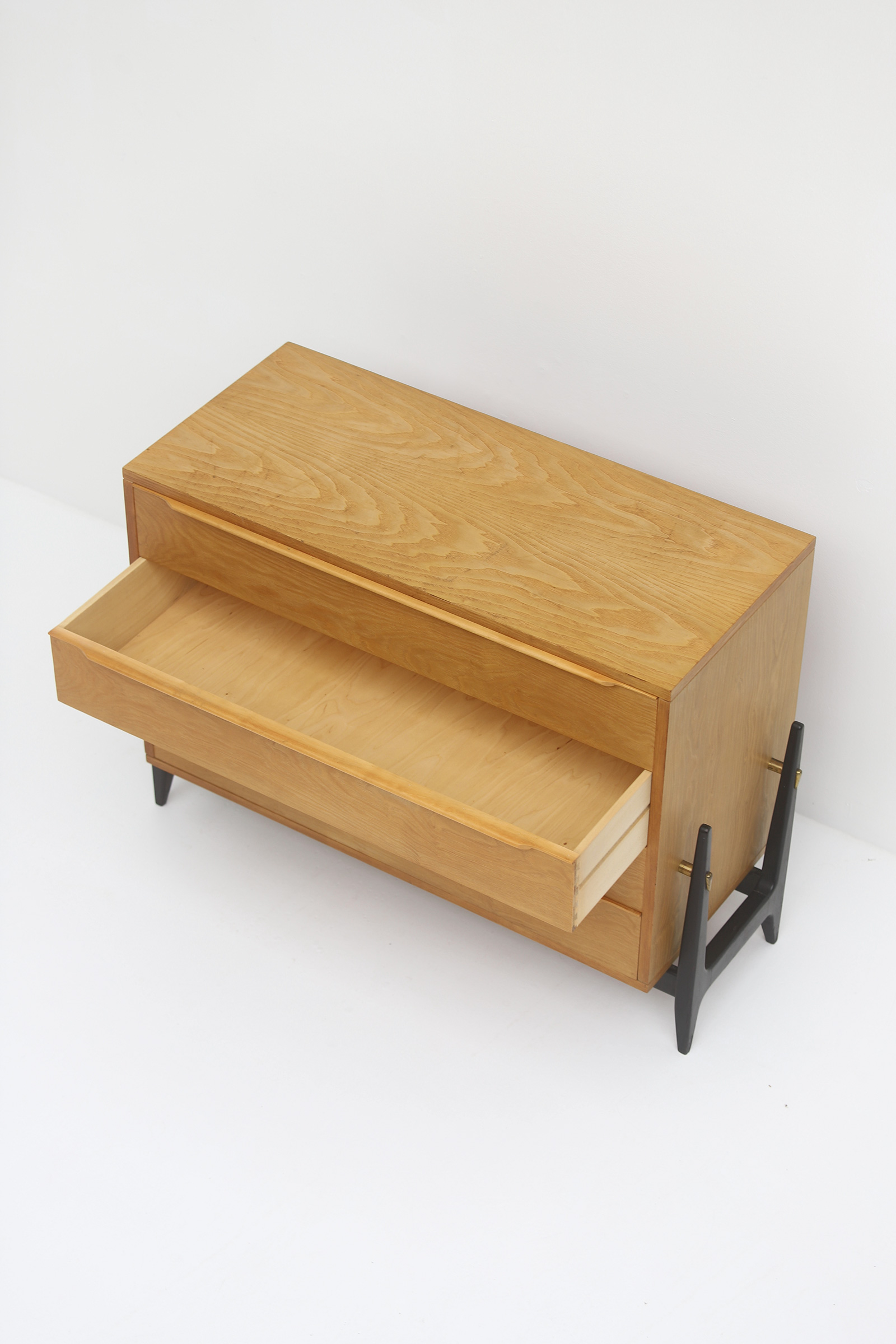 Elegant commode with drawers, 1950simage 9