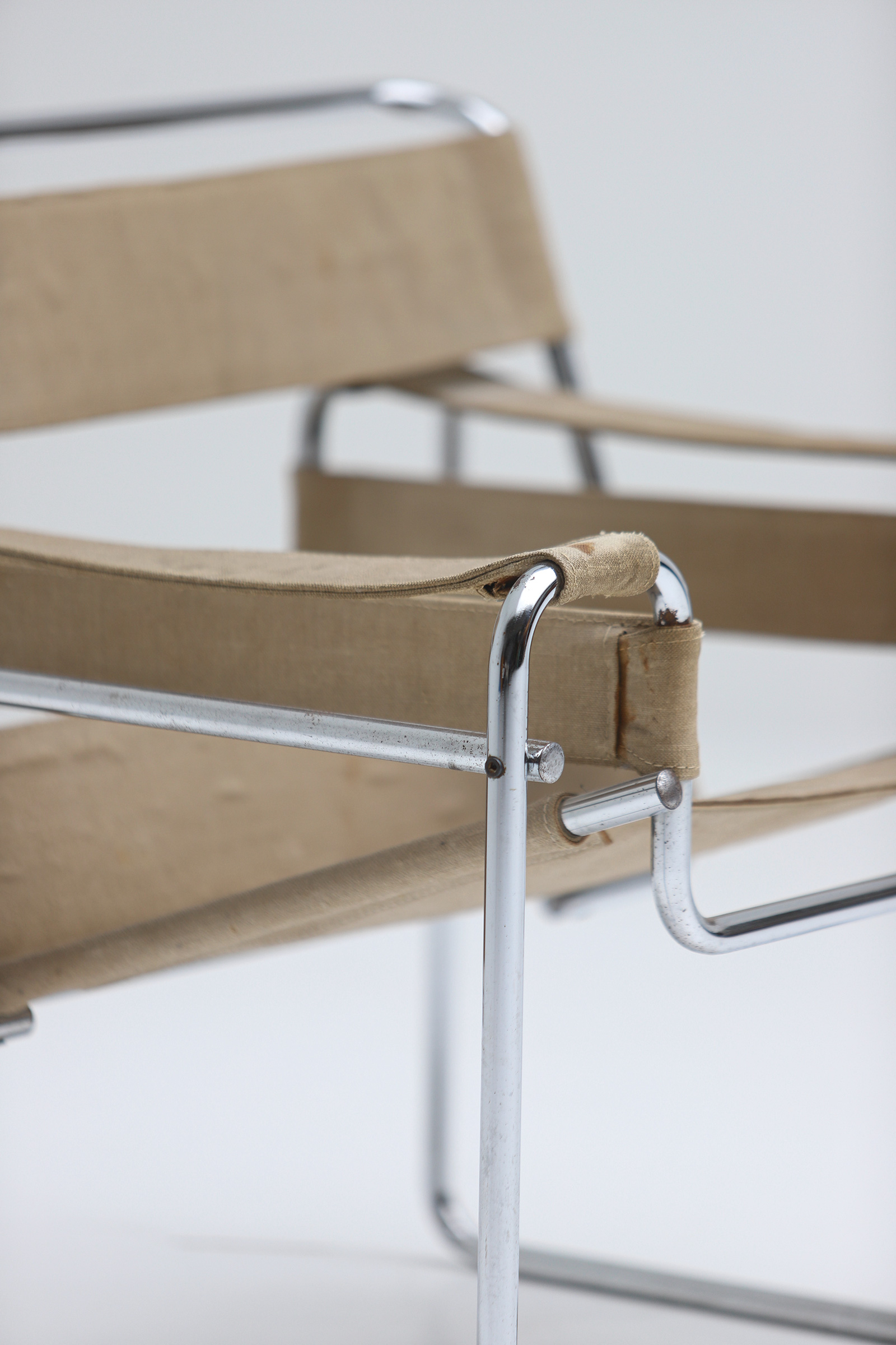 Pair of Wassily Chairs by Marcel Breuer for Gavinaimage 6