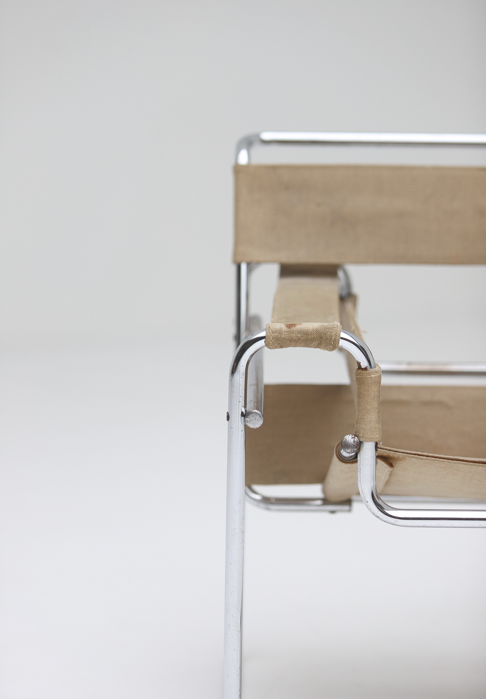 Pair of Wassily Chairs by Marcel Breuer for Gavinaimage 9