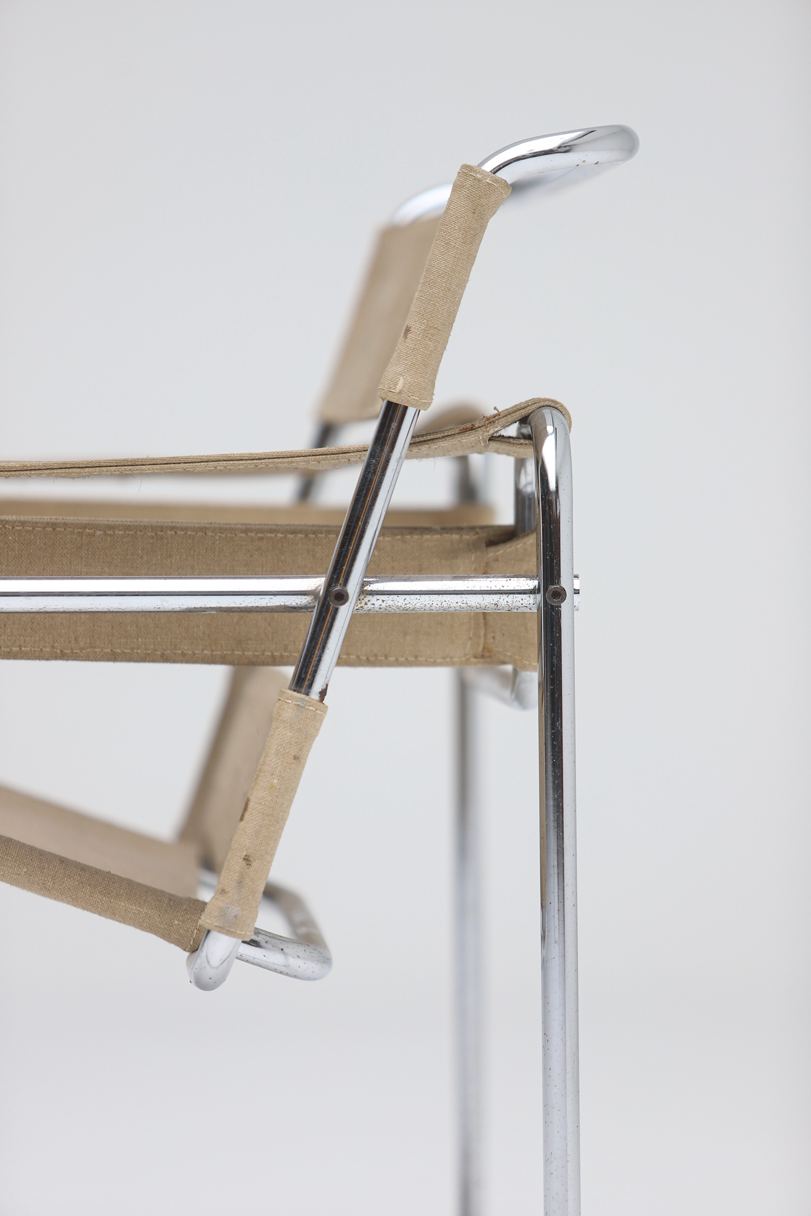 Pair of Wassily Chairs by Marcel Breuer for Gavinaimage 14