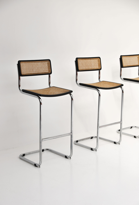 Cesca cantilever bar stools image 2