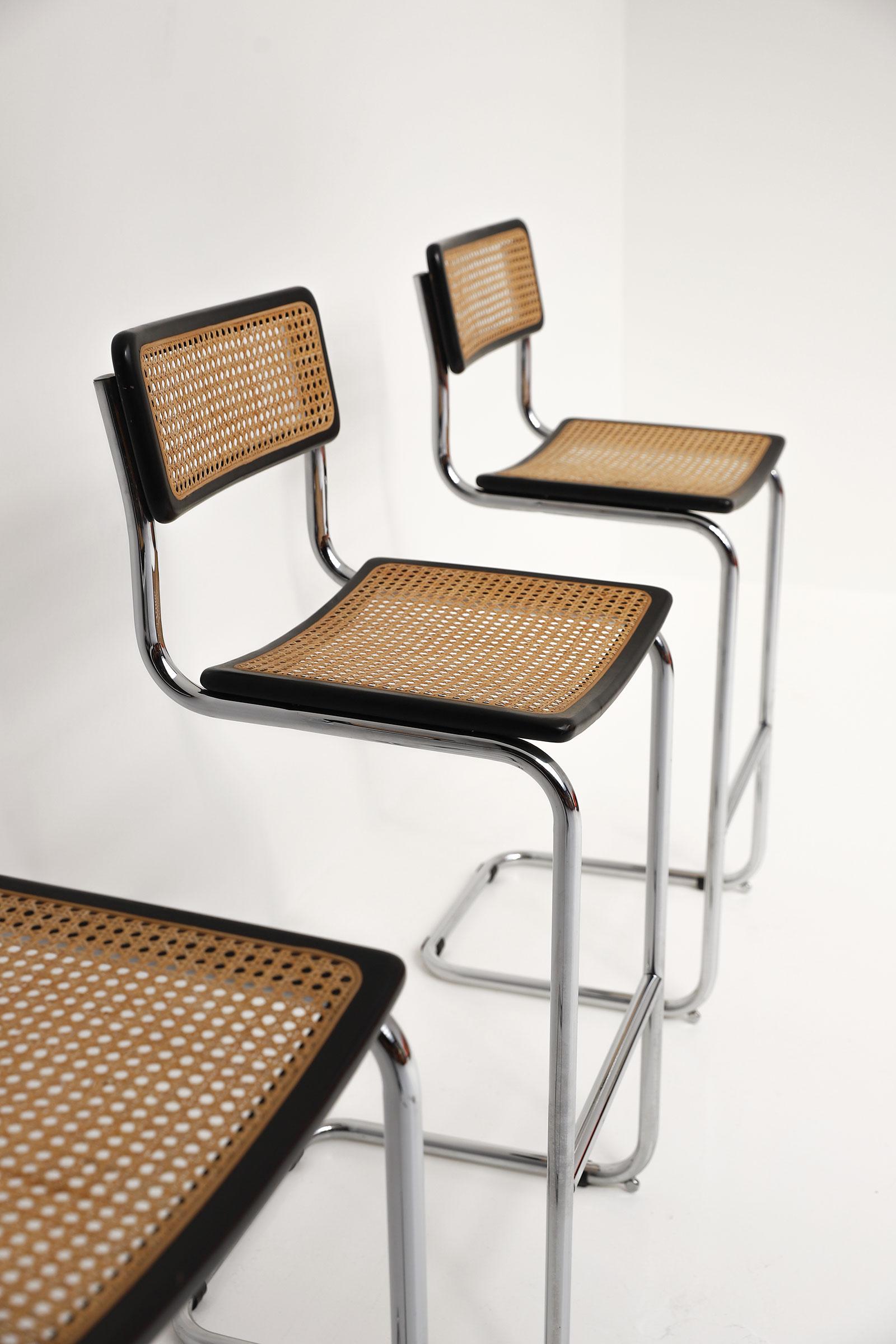 Cesca cantilever bar stools image 4