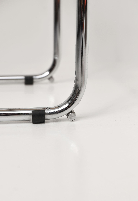 Cesca cantilever bar stools image 8
