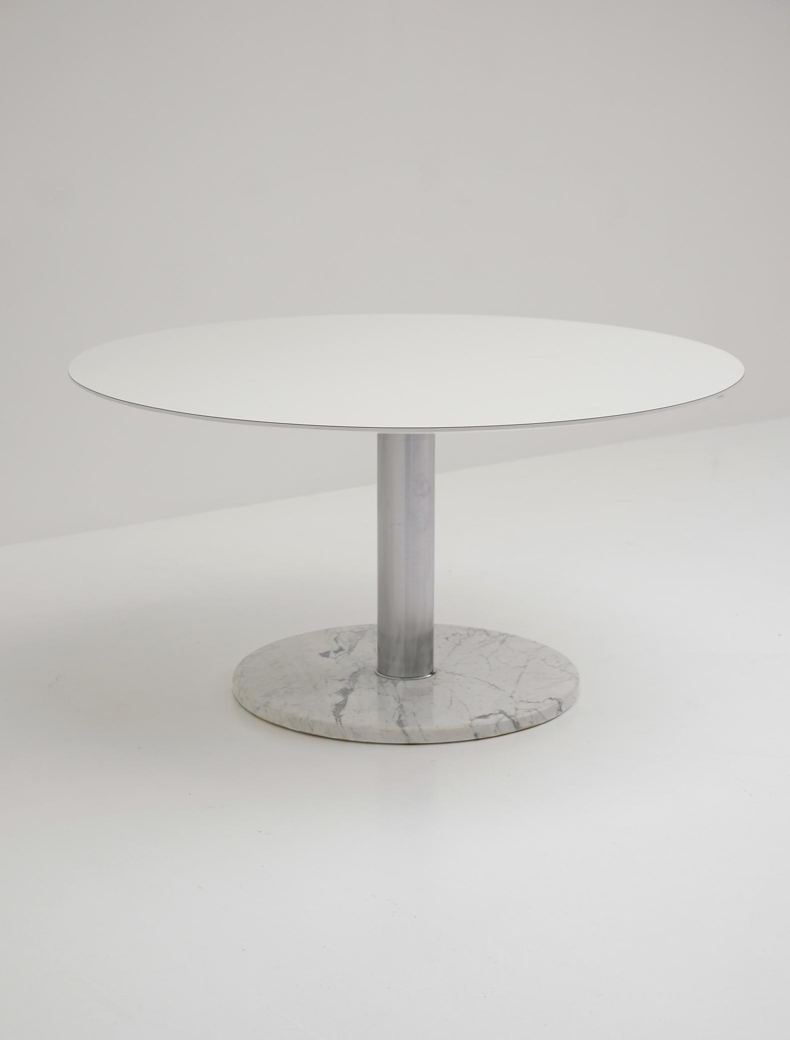 Alfred Hendrickx Round Dining Tableimage 9