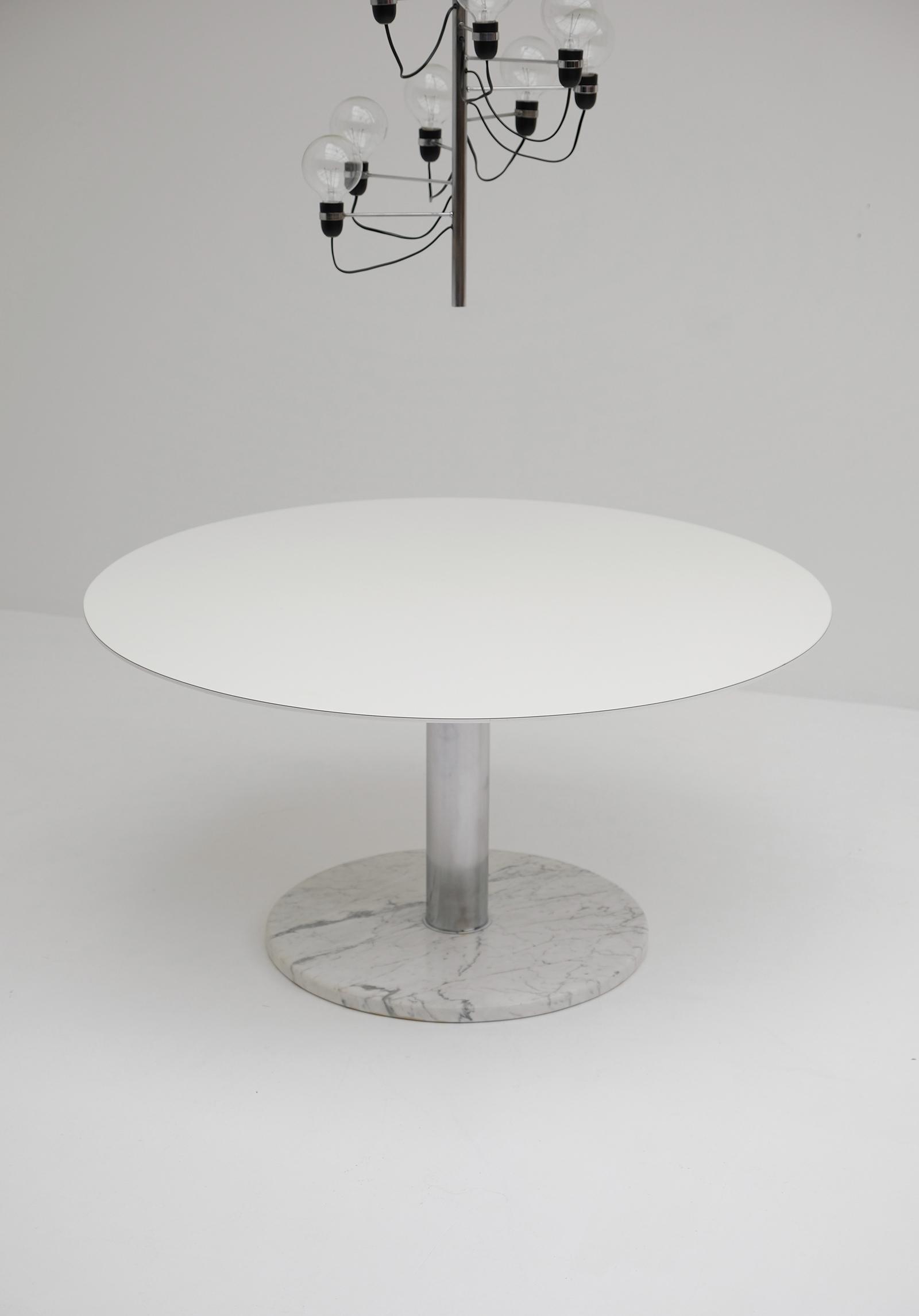 Alfred Hendrickx Round Dining Tableimage 3