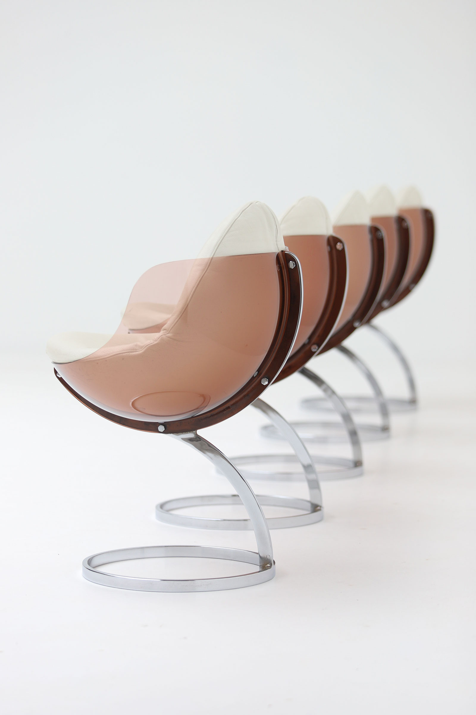 5 Sphere chairs designed by Boris Tabacoff