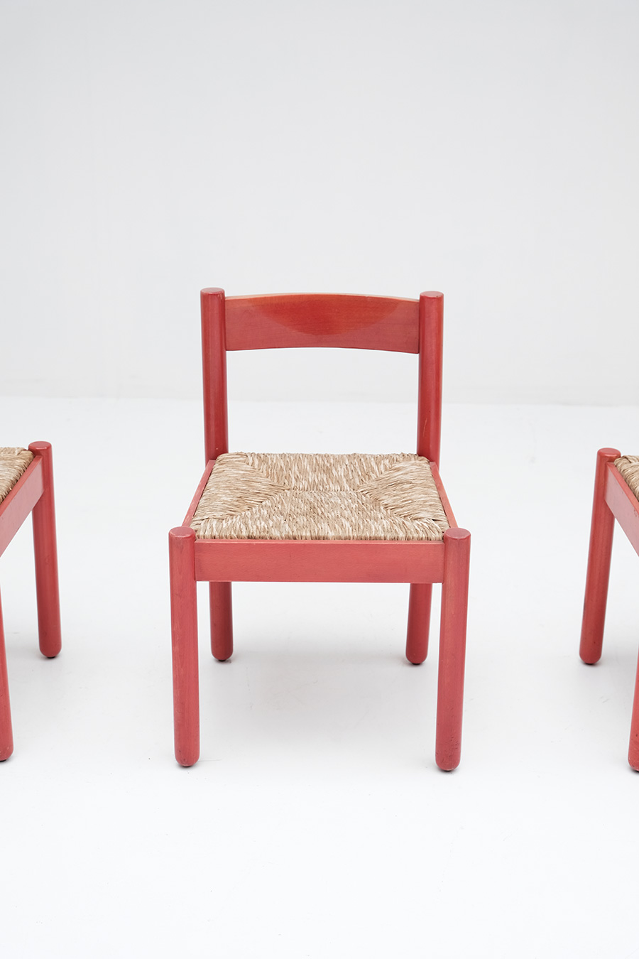Vico Magistretti Red Carimate chairs image 4