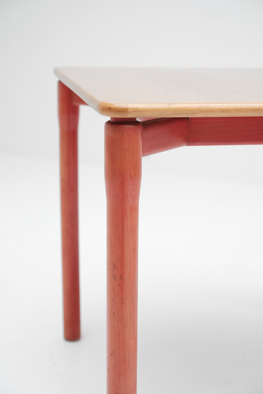 Vico Magistretti Carimate table