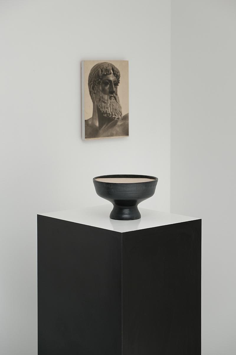 Mobach Black Ceramic Fruit Bowl