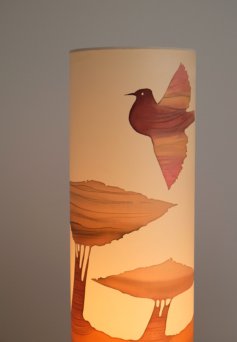 1970S SOFT COLORED TABLE LAMP image 3