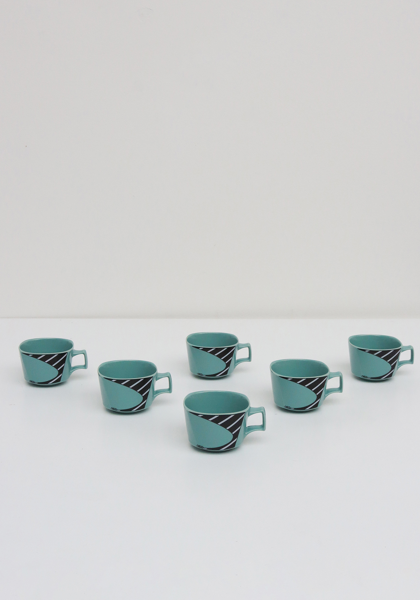 Flash Coffee and tea set by Dorothy Hafner for Rosenthalimage 6