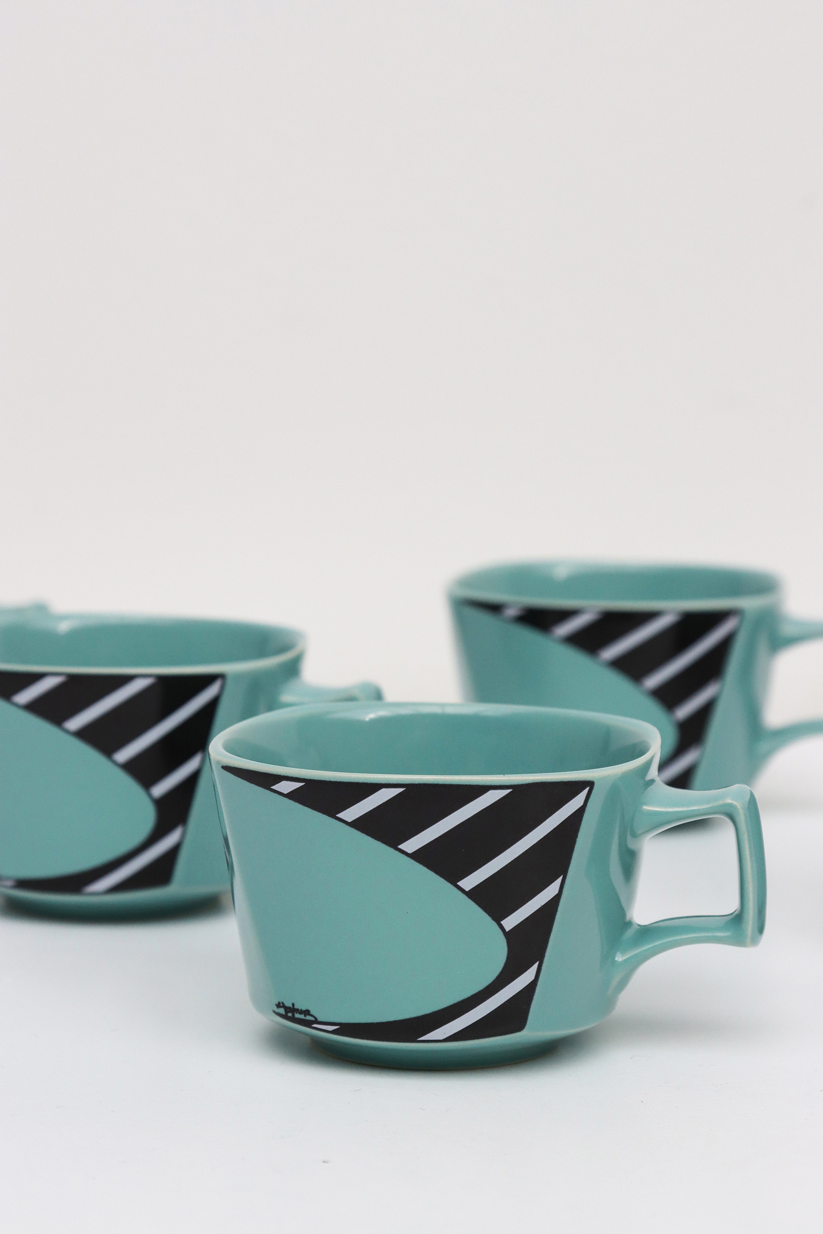 Flash Coffee and tea set by Dorothy Hafner for Rosenthalimage 7