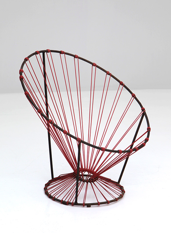 COQUETIER SEAT PUBLISHED BY STEINER