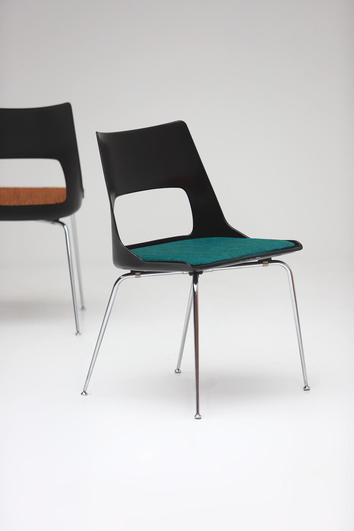 Set of three Modern Kay Korbing chairs for Fibrex Danmarkimage 4