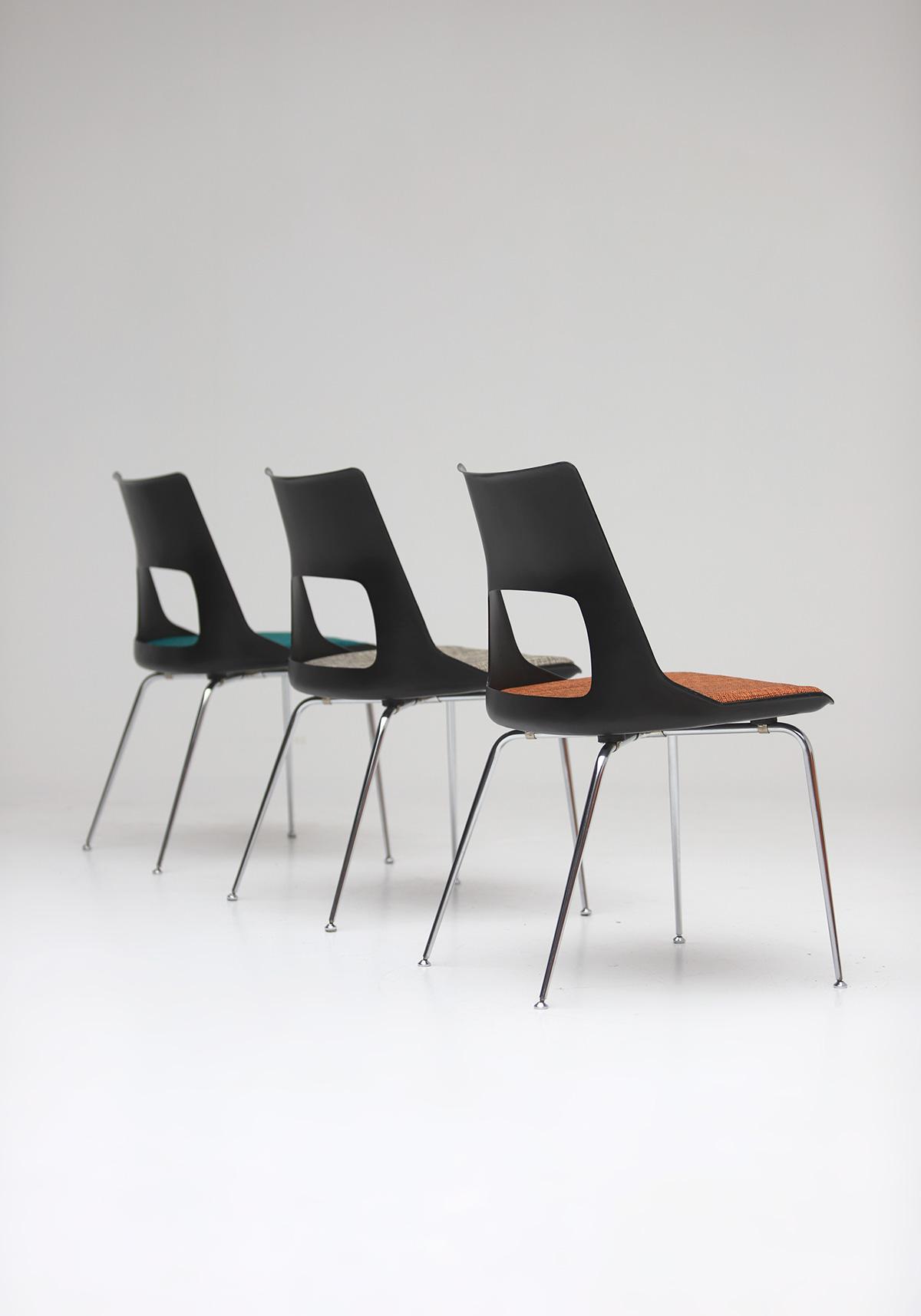 Set of three Modern Kay Korbing chairs for Fibrex Danmarkimage 10