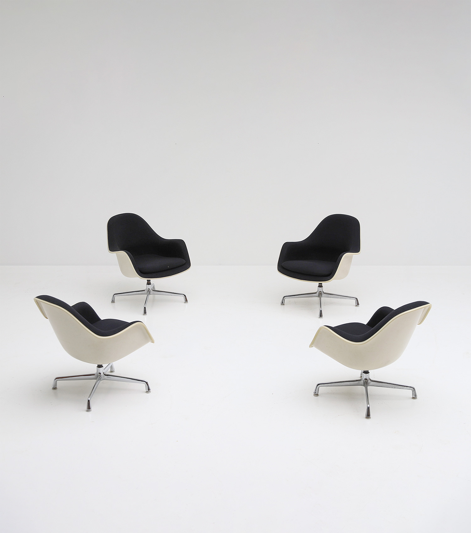Charles and Ray Eames set of EC175-8 Chairs