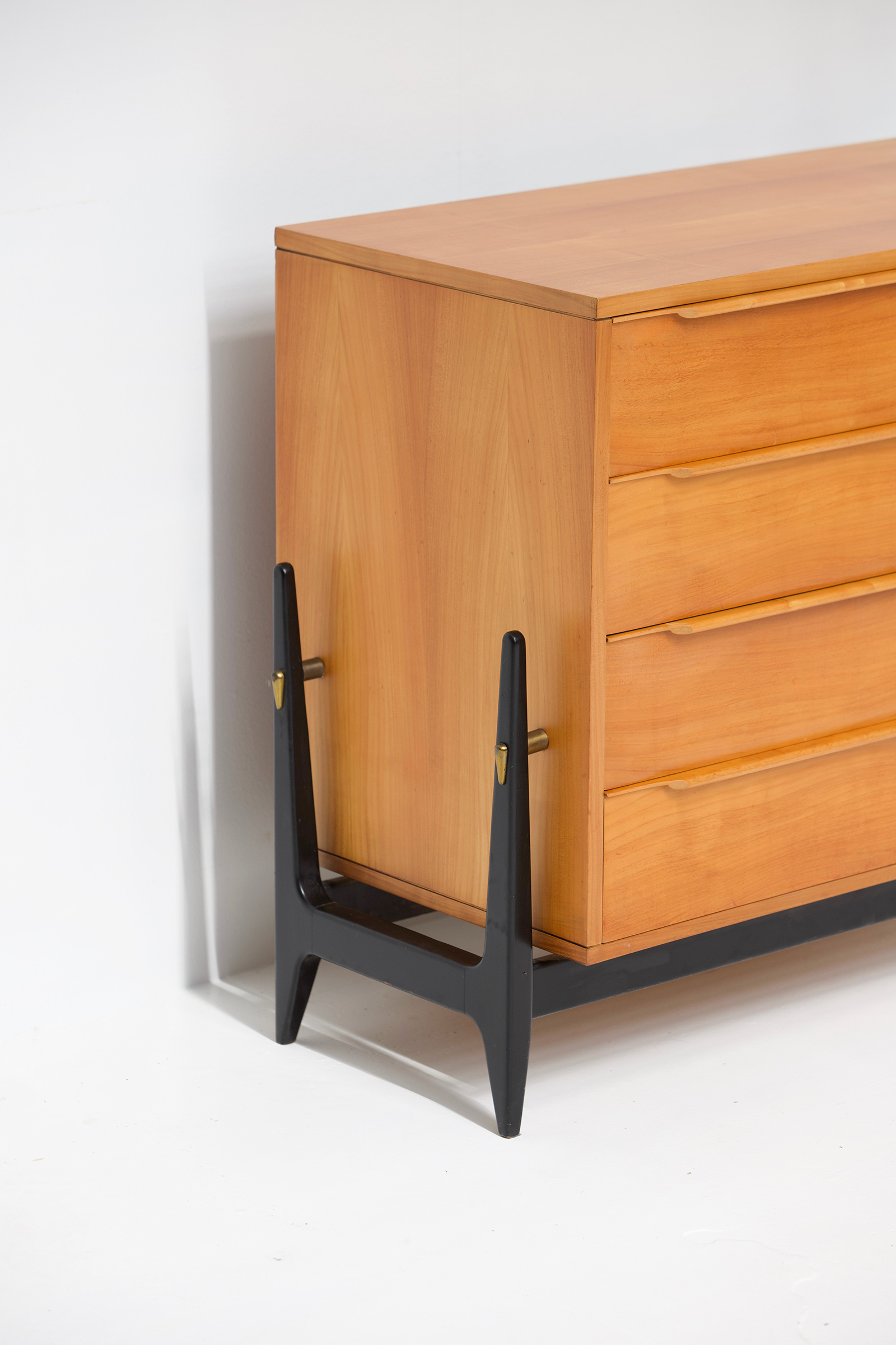 1950s Chest of Drawers image 2