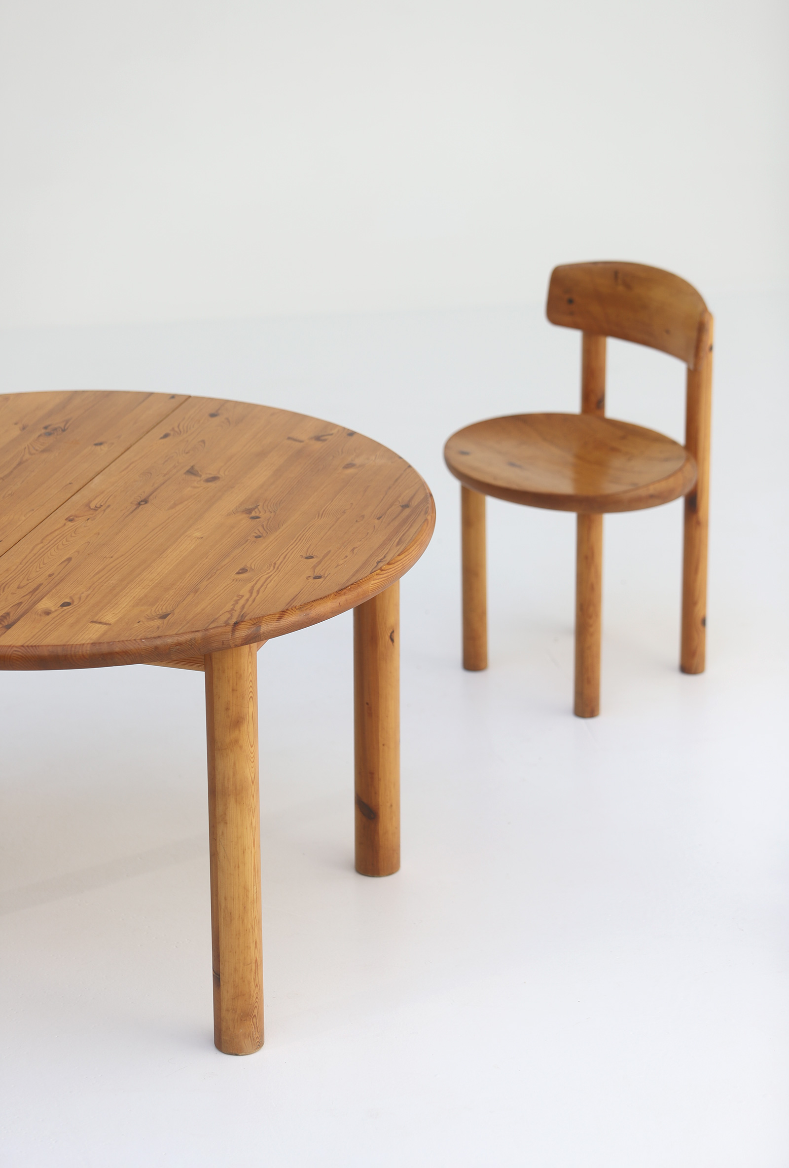 Rainer Daumiller Dining Table image 3