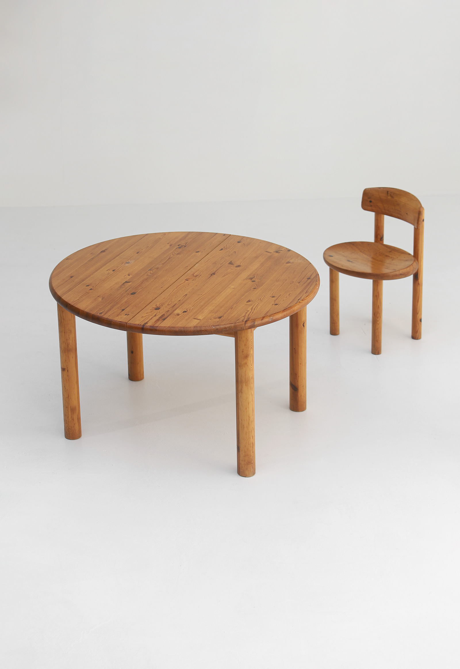 Rainer Daumiller Dining Table image 2