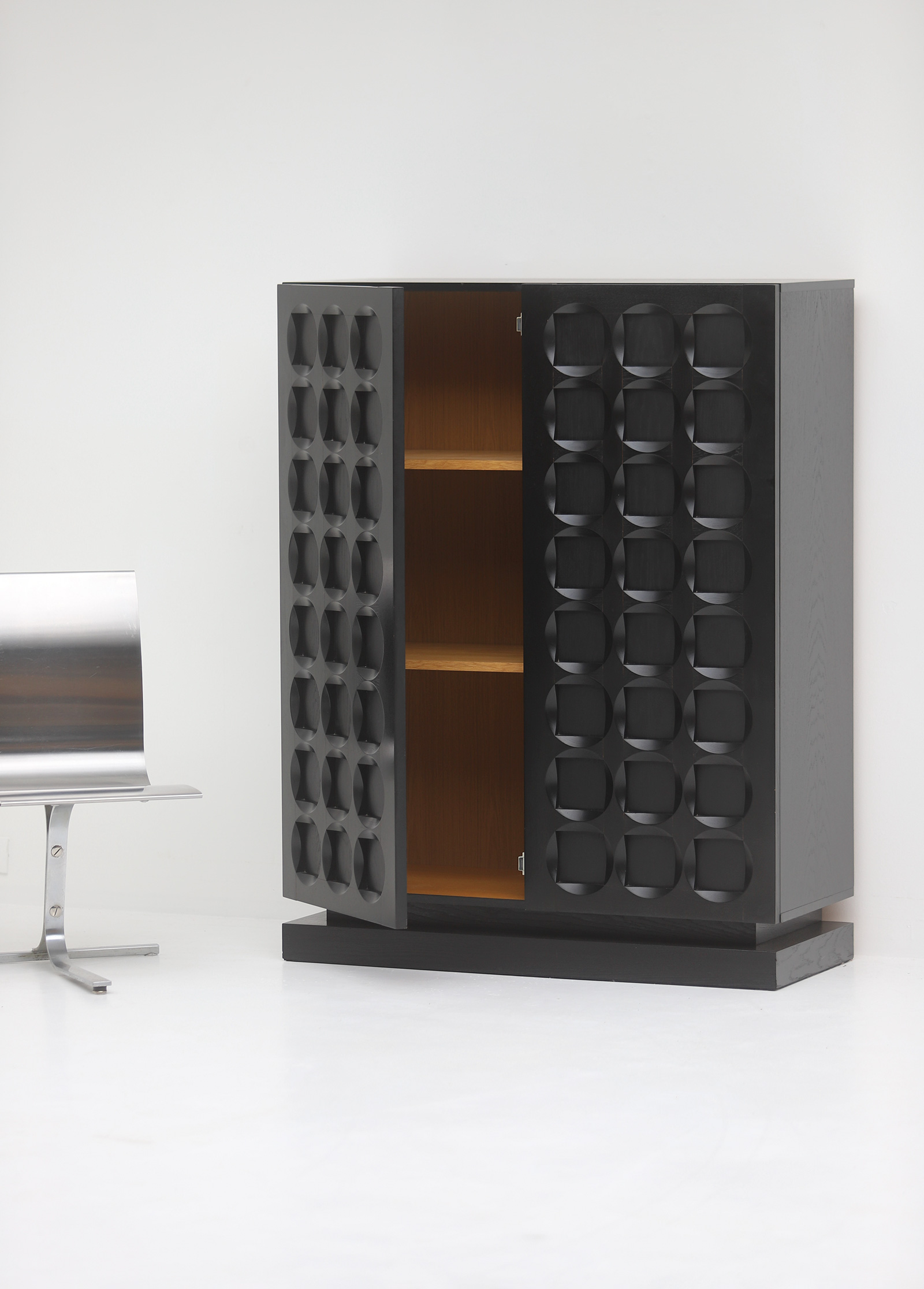 Defour Cabinet with Graphic Doorsimage 2