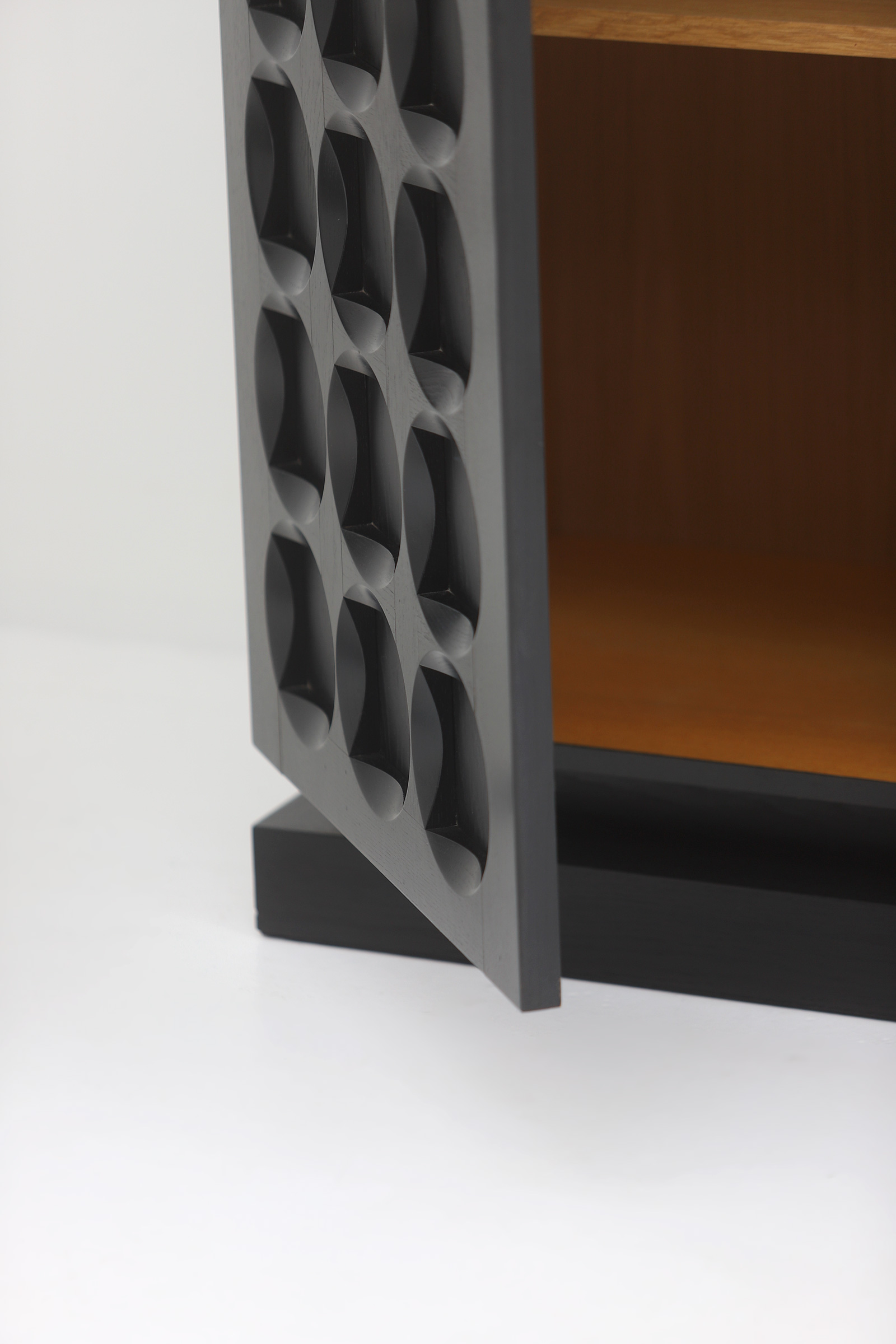 Defour Cabinet with Graphic Doorsimage 9
