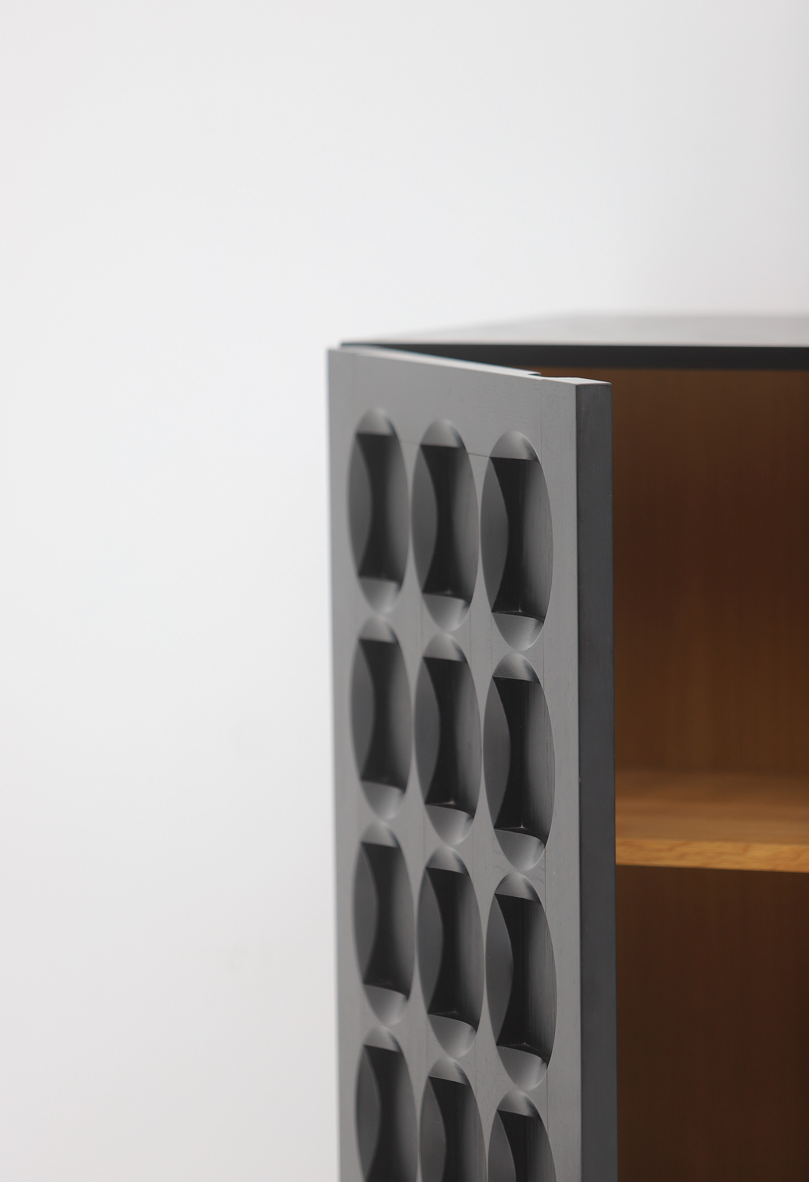 Defour Cabinet with Graphic Doorsimage 8