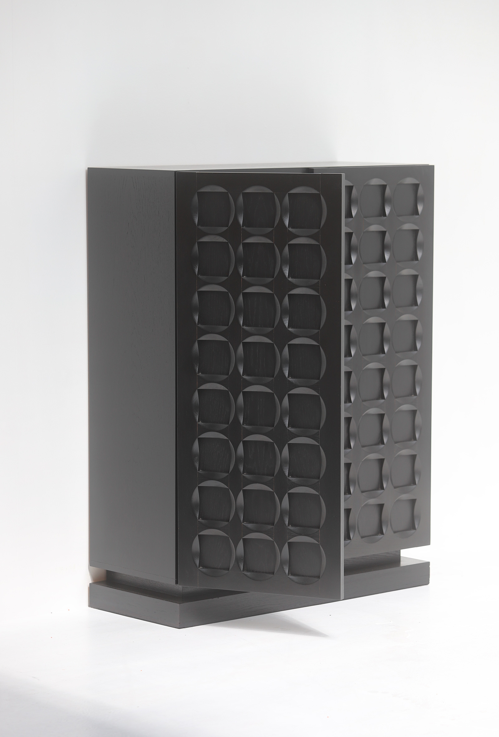 Defour Cabinet with Graphic Doorsimage 11