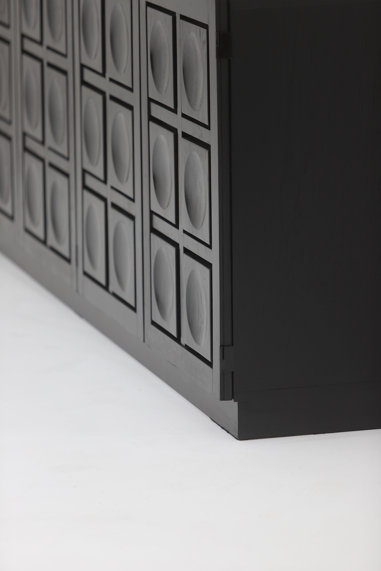 Defour 4 door graphic doors Sideboardimage 9