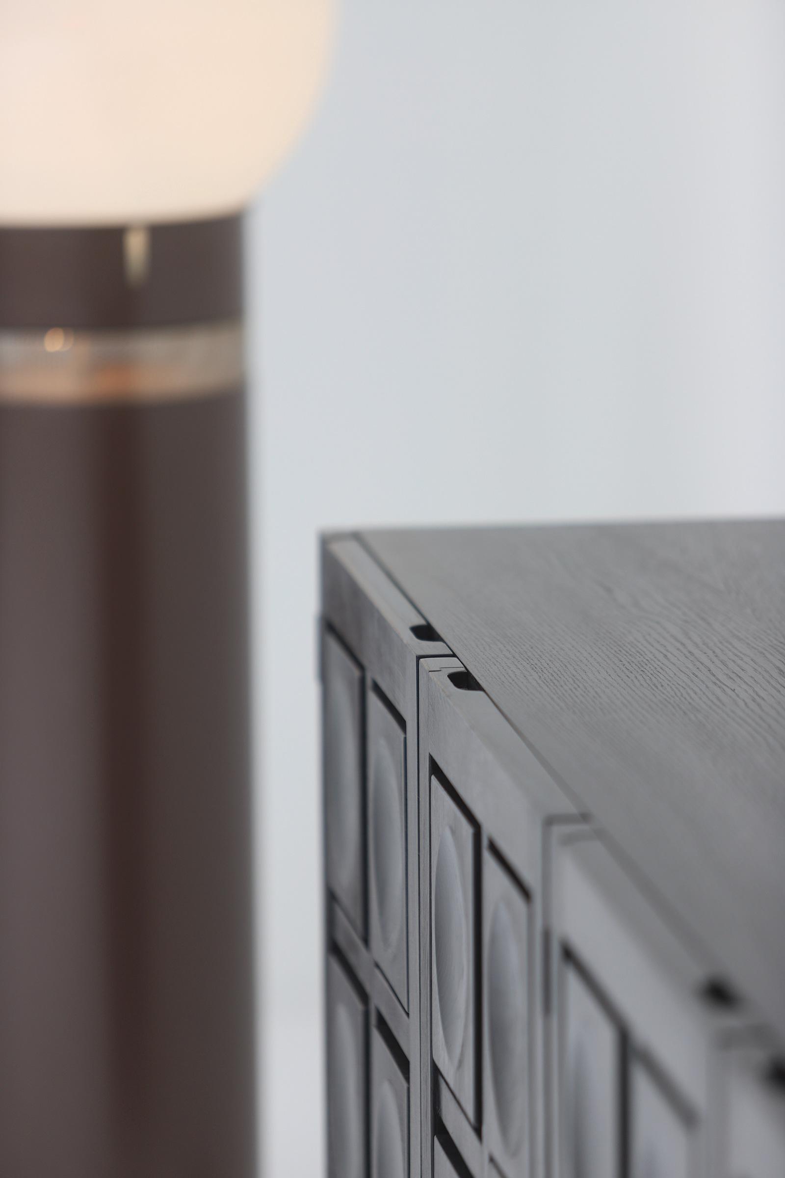 Defour 4 door graphic doors Sideboardimage 7