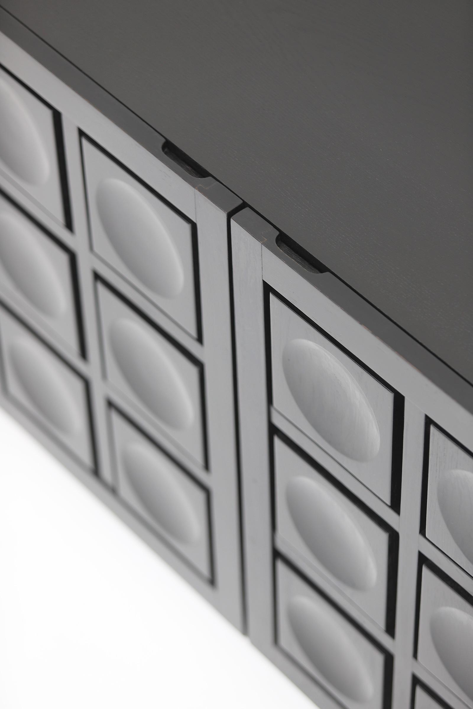 Defour 4 door graphic doors Sideboardimage 10