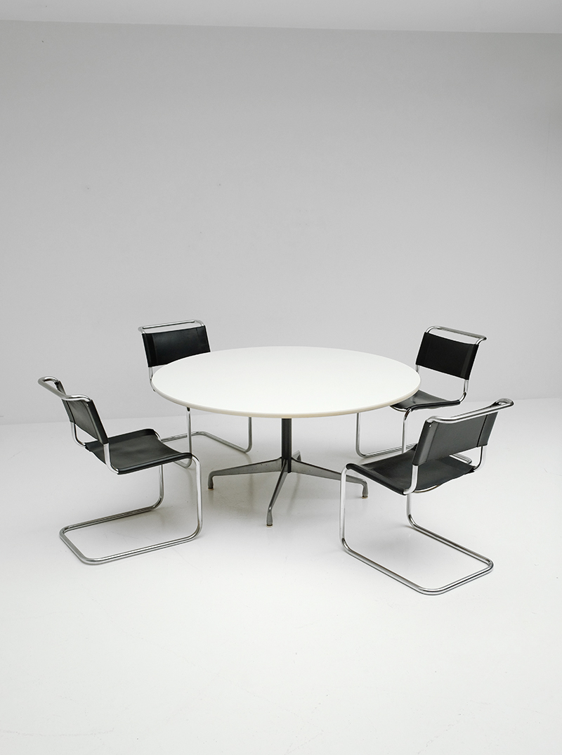Dining table Charles & Ray Eames for Herman Miller