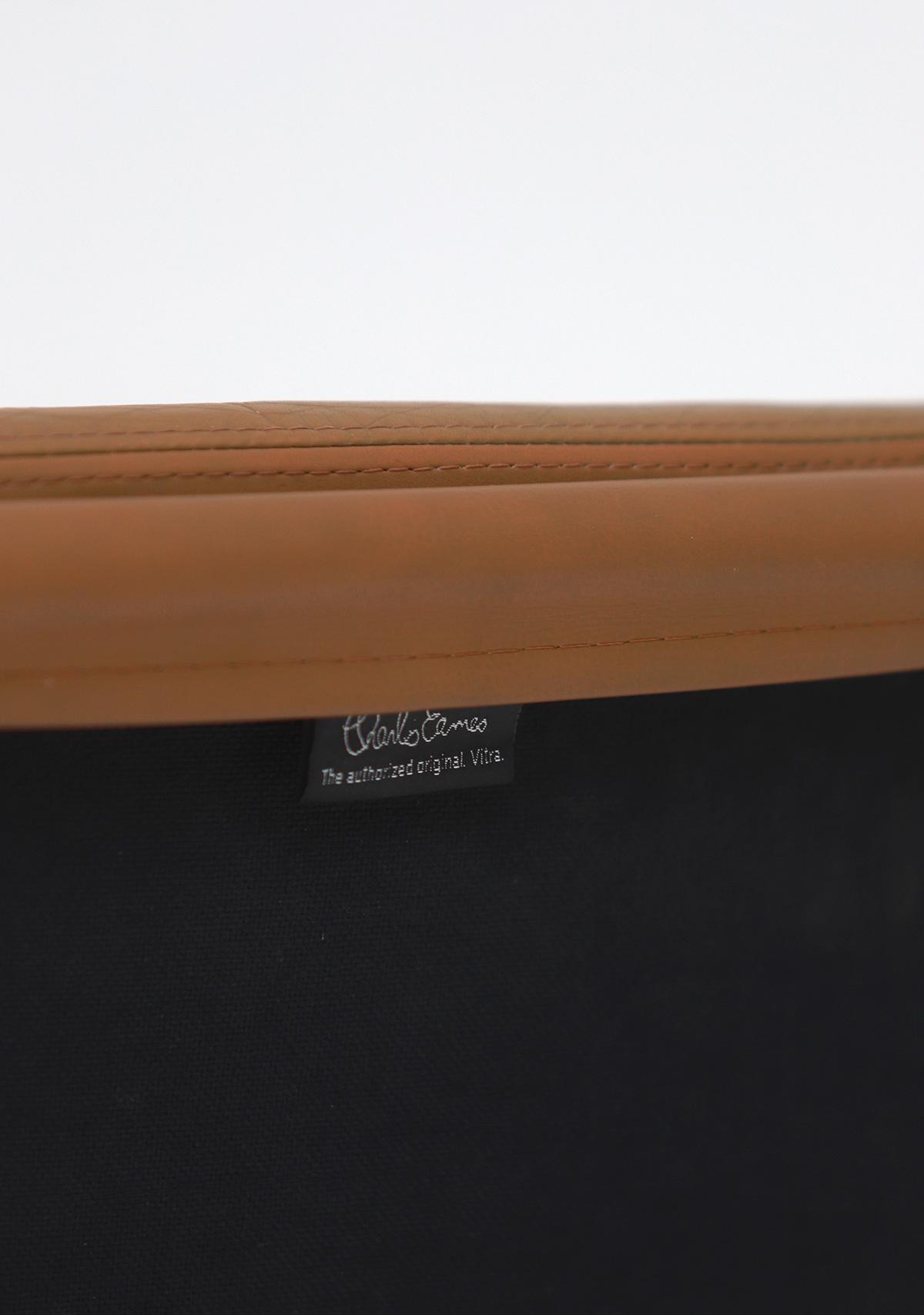 Pair of Eames  Aluminium EA216 Armchairs image 10
